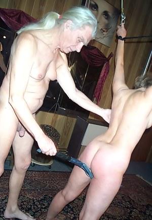 MILF Spanking Porn Pictures