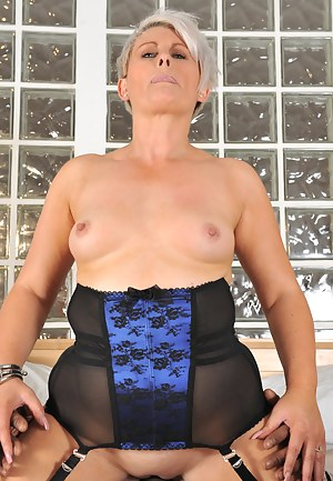 Small Tits MILF Porn Pictures